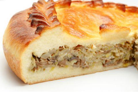 Пирог с говядиной и капустой